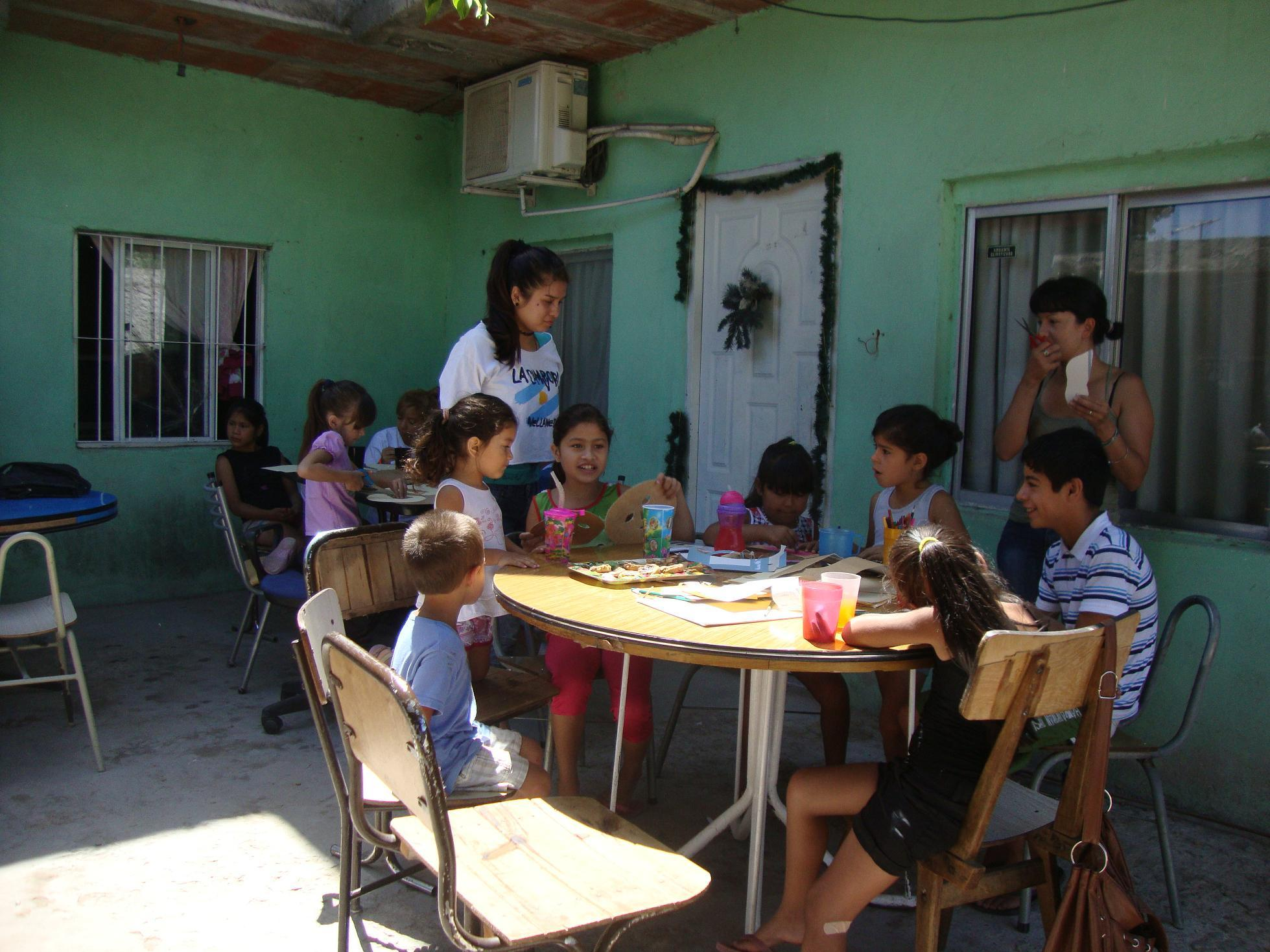 actividad-recreativa-en-el-barrio-santa-catalina-4
