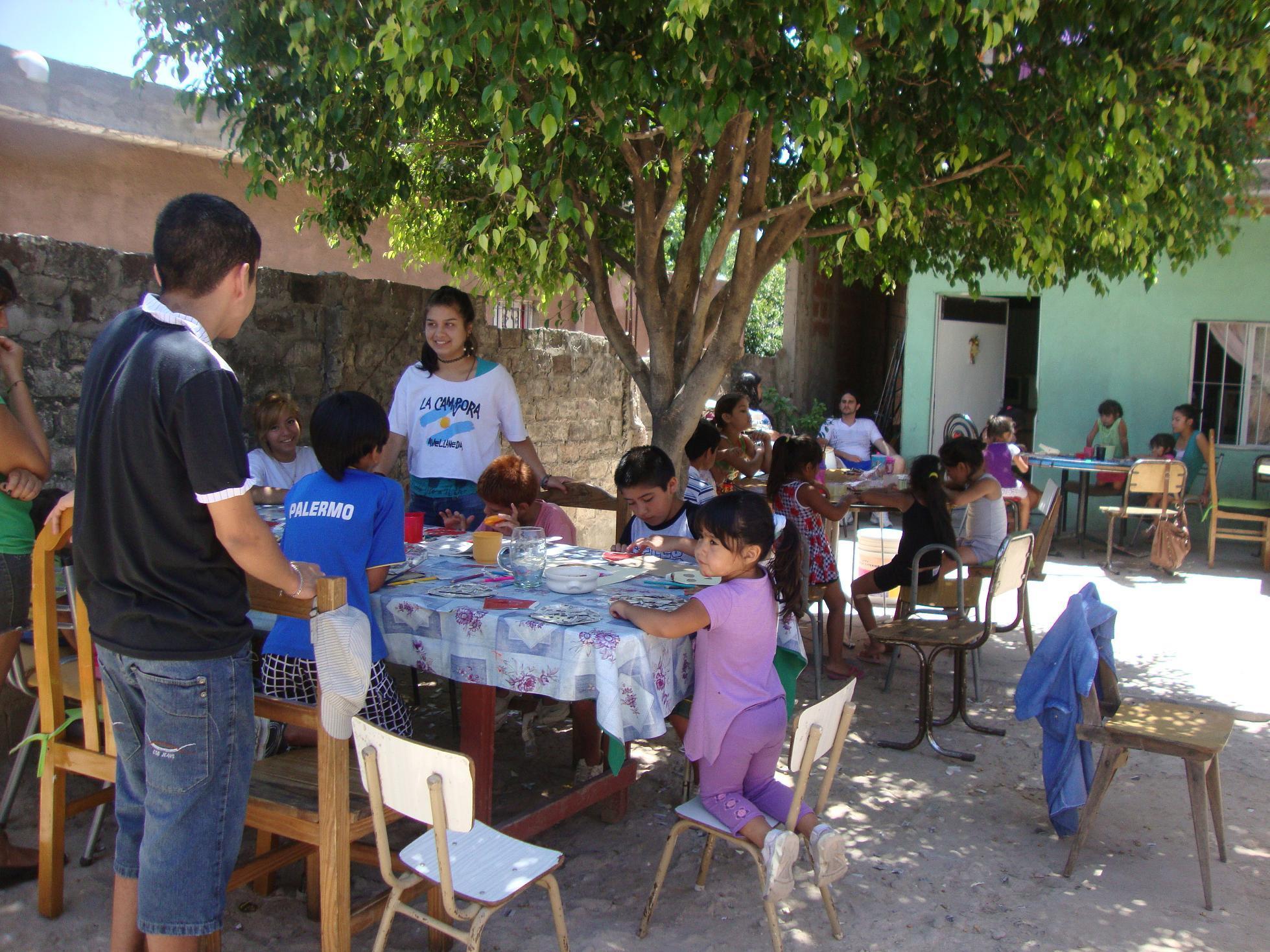 actividad-recreativa-en-el-barrio-santa-catalina-7
