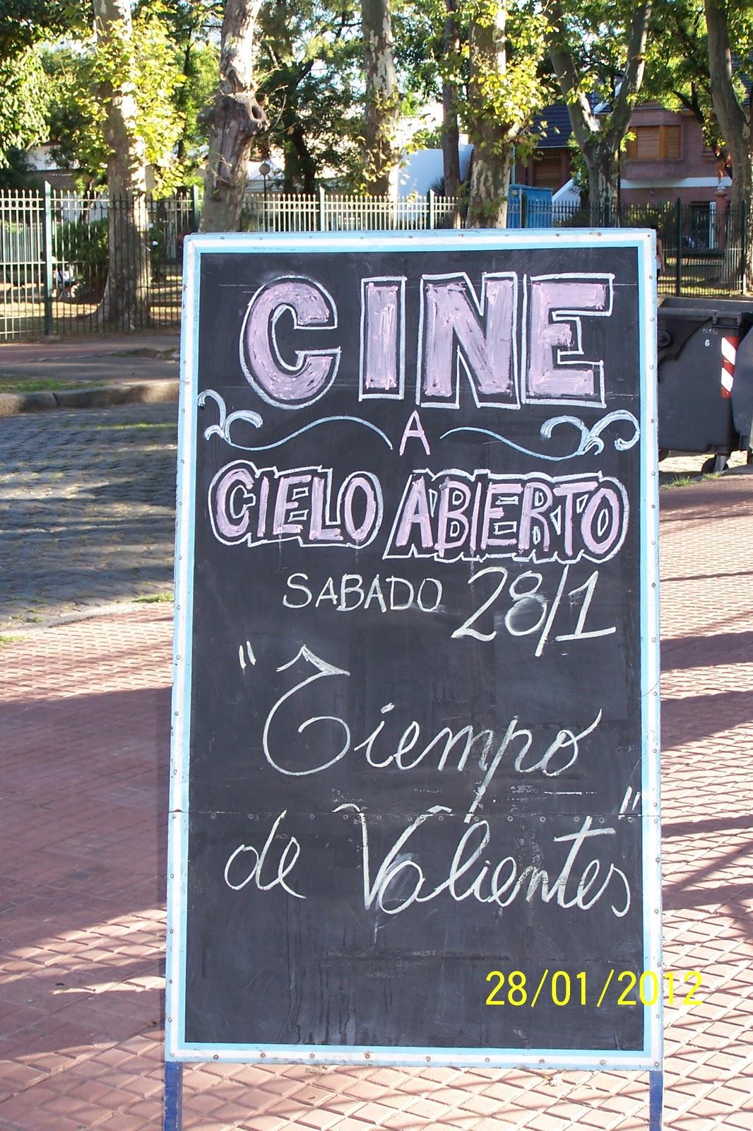 """""""Ciclo de cine nacional a cielo abierto"""" en el barrio de Liniers"""