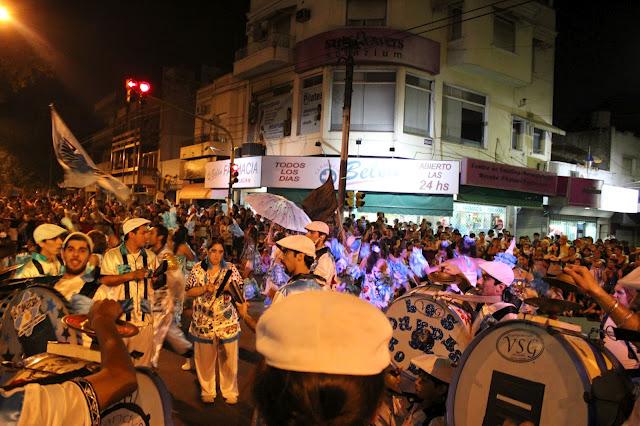 ¡Vuelve la alegría, vuelve el carnaval!