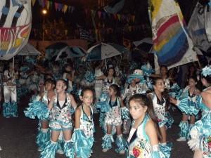 Avellaneda revive los carnavales de la mano de los Dandys
