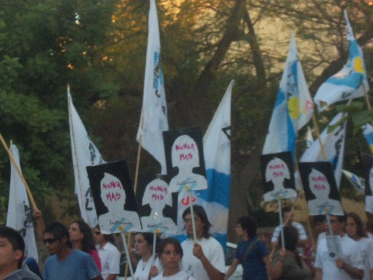 08 Marcha en San Juan