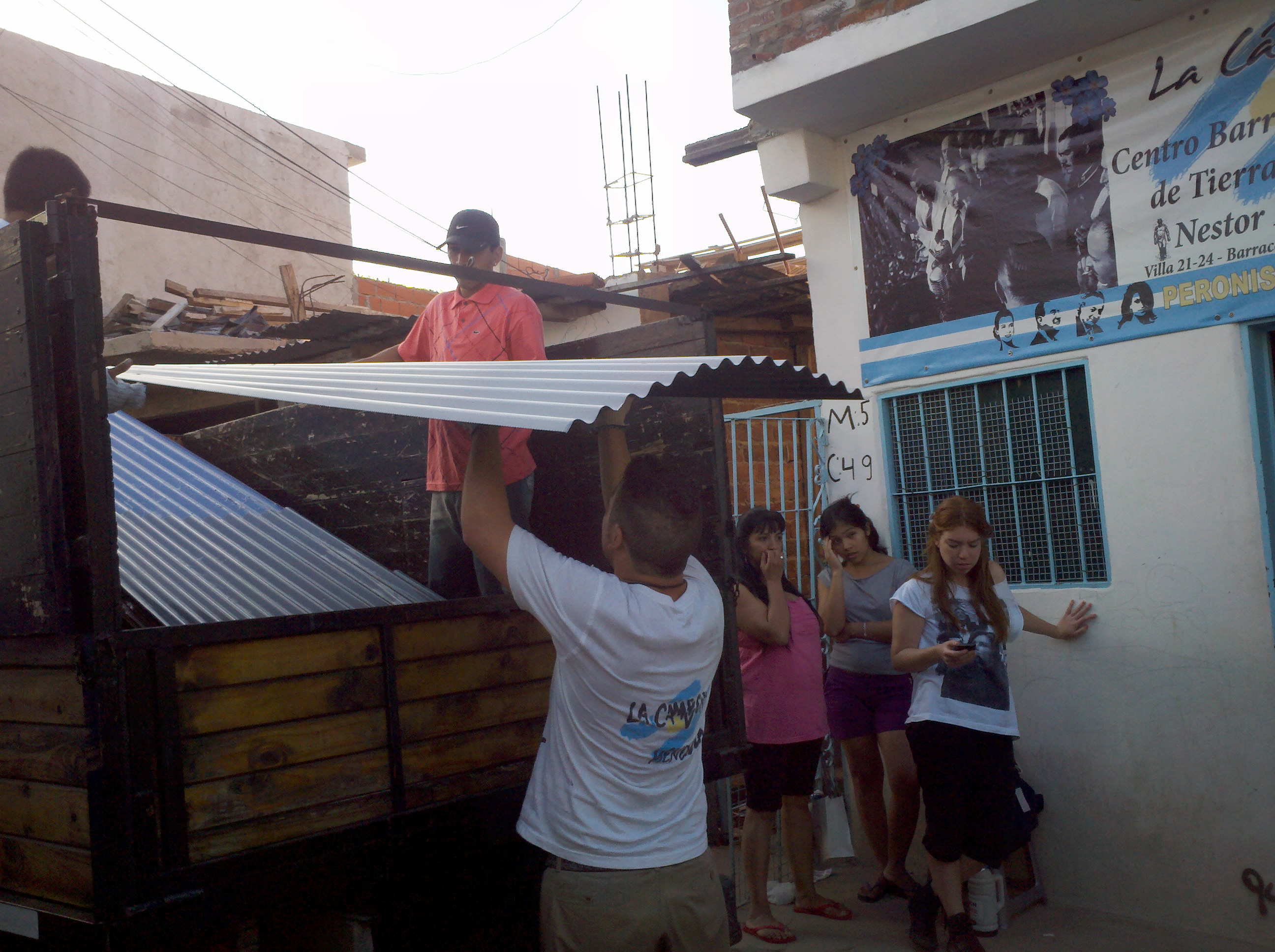 Jamás vencidos: Campaña Solidaria en la Comuna 4