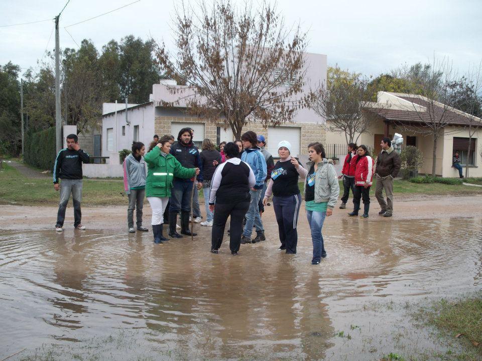Jornada solidaria por creciente del arroyo Tapalqué