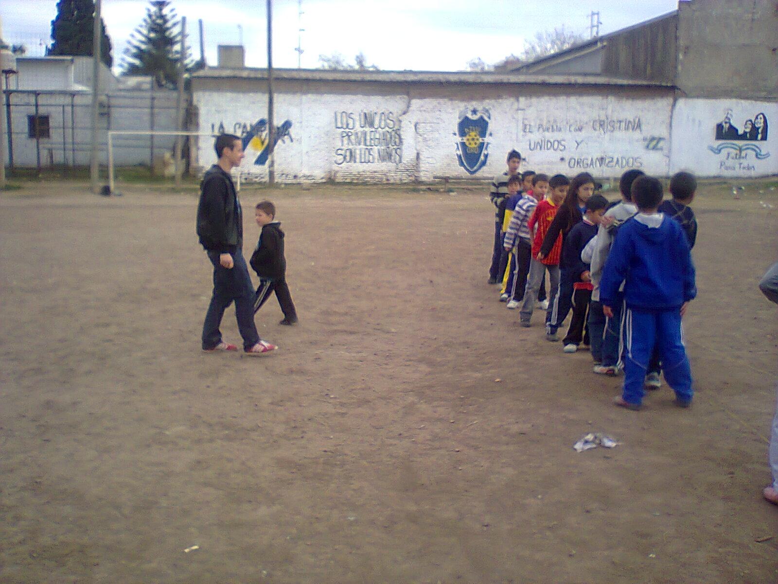 Jornada recreativa de La Cámpora Avellaneda en Villa Azul