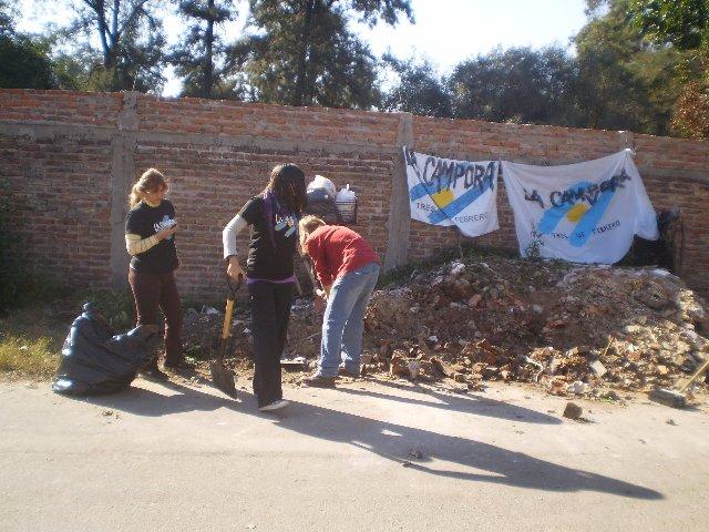Jornada solidaria en Villa Risso