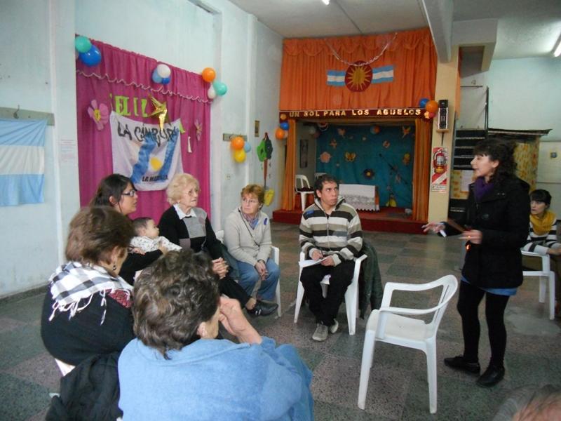 """Actividad integradora en """"Un sol para los abuelos"""""""