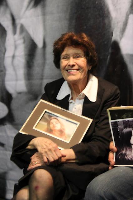 Homenaje de militancia a Beatriz Oesterheld