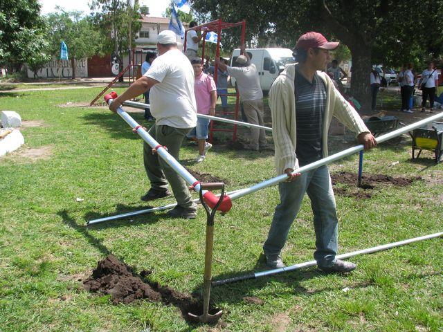 Construcción de una plaza en José C. Paz