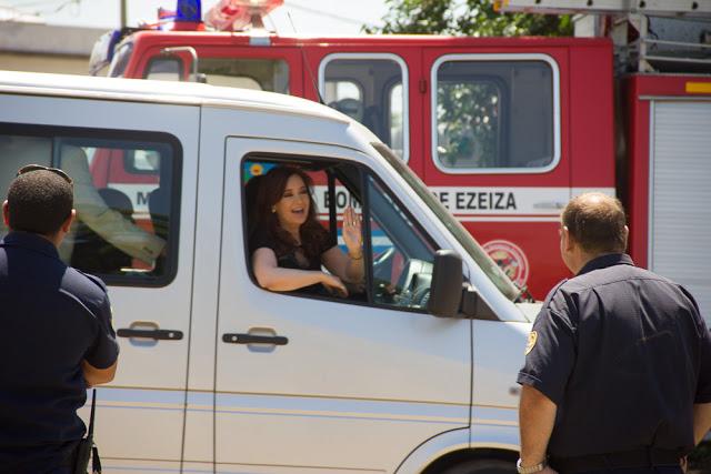Los pibes bancando a Cristina