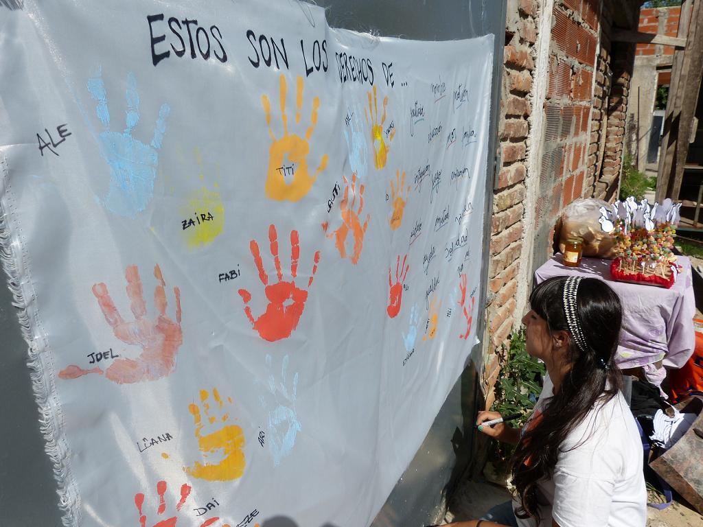 Junto a los niños por sus derechos