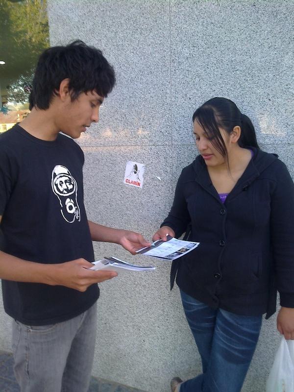 Santa Cruz: Volanteada Por el 7D, el 10N, Unidos y Organizados