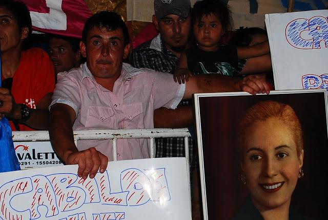 La democracia vistió de festejo Bahía Blanca