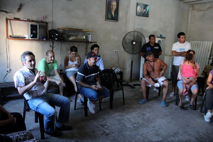 Andrés Larroque recorrió Ciudad Oculta y Ramón Carrillo