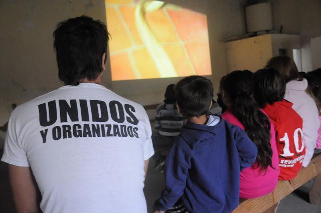 Cine infantil en la sociedad de fomento Martín Güemes de Junín