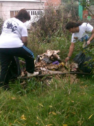Jornada de limpieza en el barrio Retiro de Salto