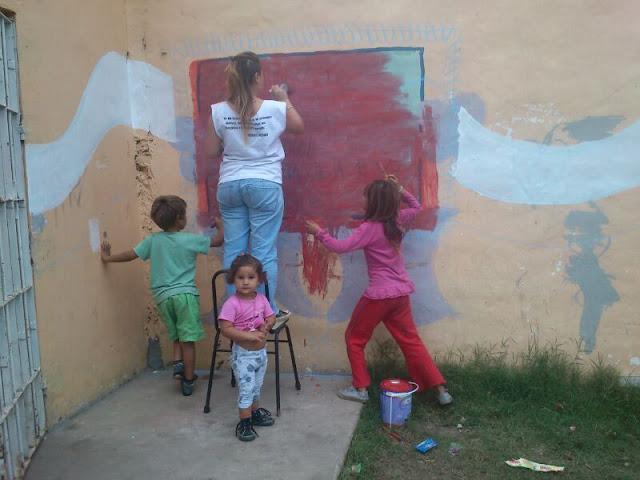 Limpieza y mural en el barrio Marchetti de Mercedes