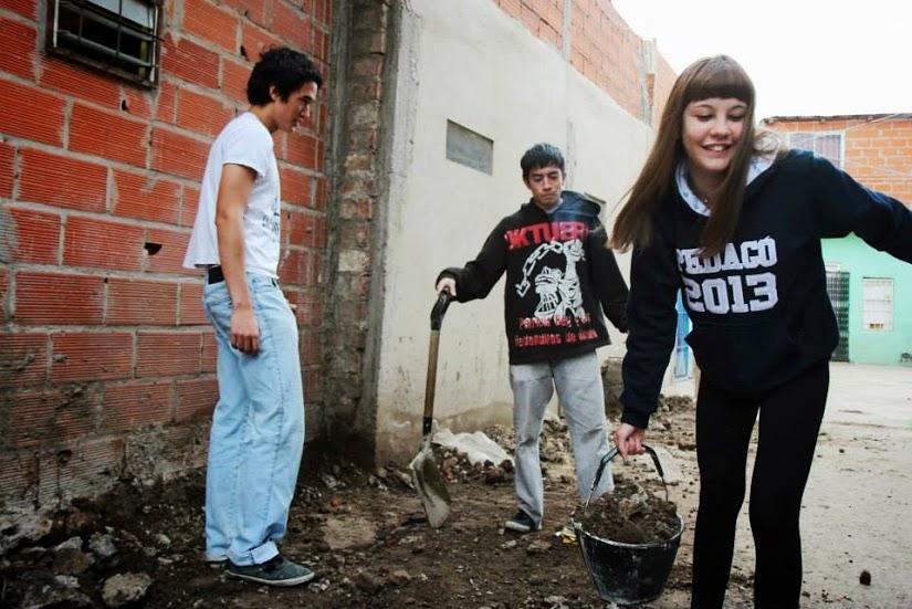"""Jornadas Solidarias """"La Patria es el otro"""" en la Comuna 4"""