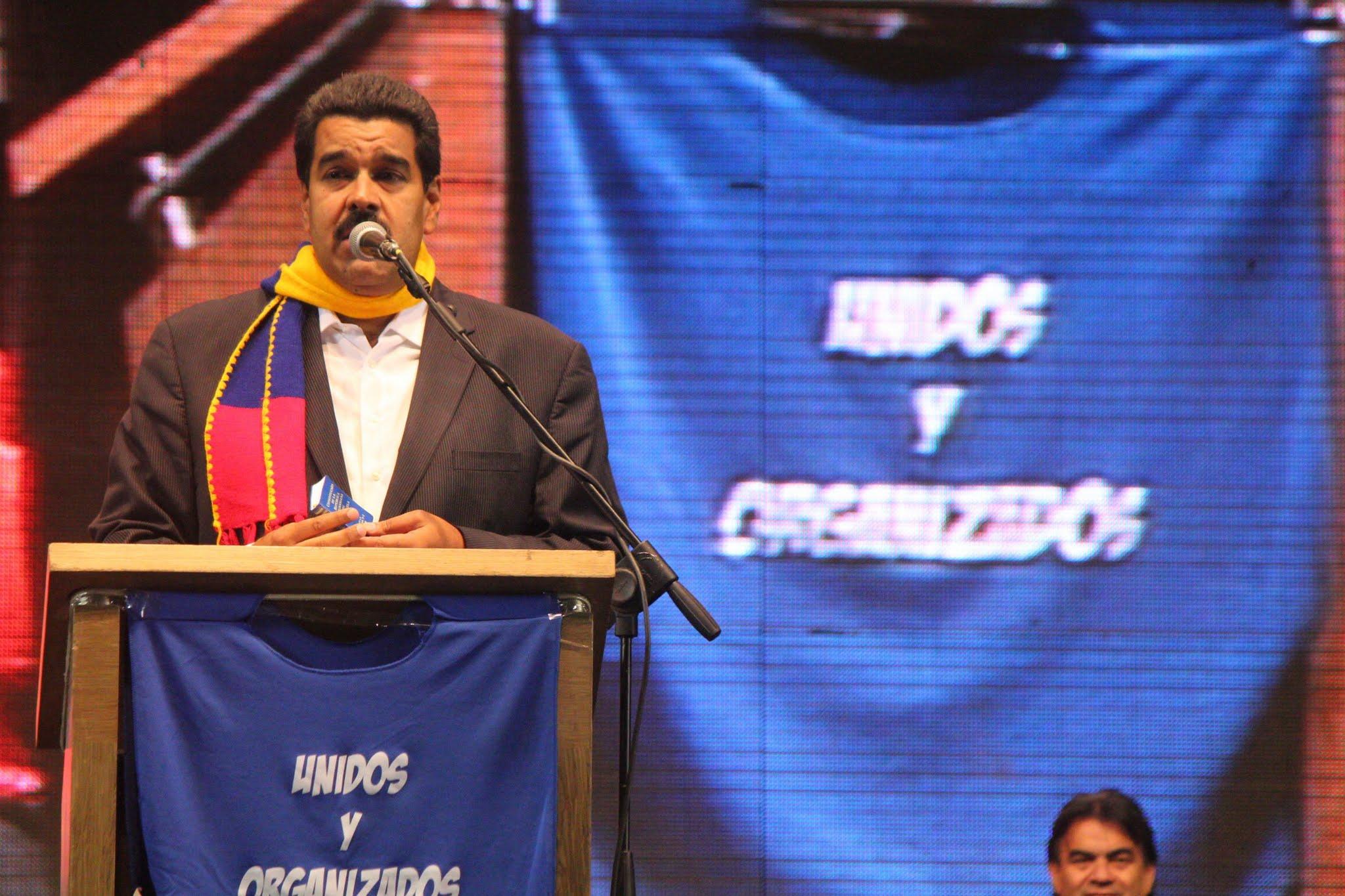 Con Maduro en All Boys