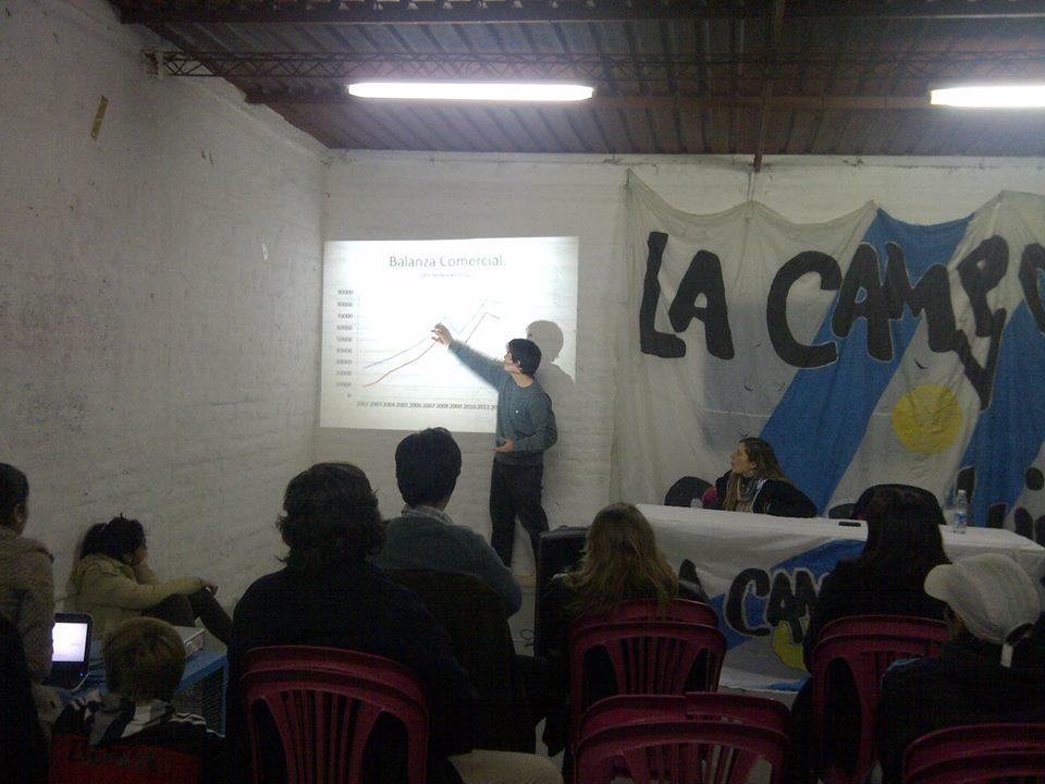 Charla-Debate sobre Independencia Económica