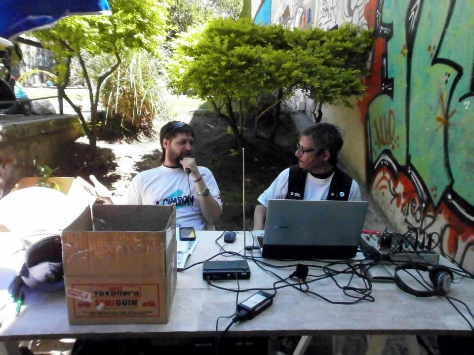Compras Comunitarias y Radio Abierta en la Comuna 15