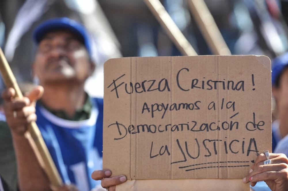 Democracia para Siempre. Fiesta Popular.