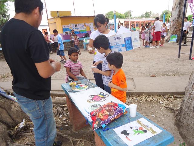 jujuy-localidad-de-la-mendieta-plaza-armada-argentina-kermes-infantil-10