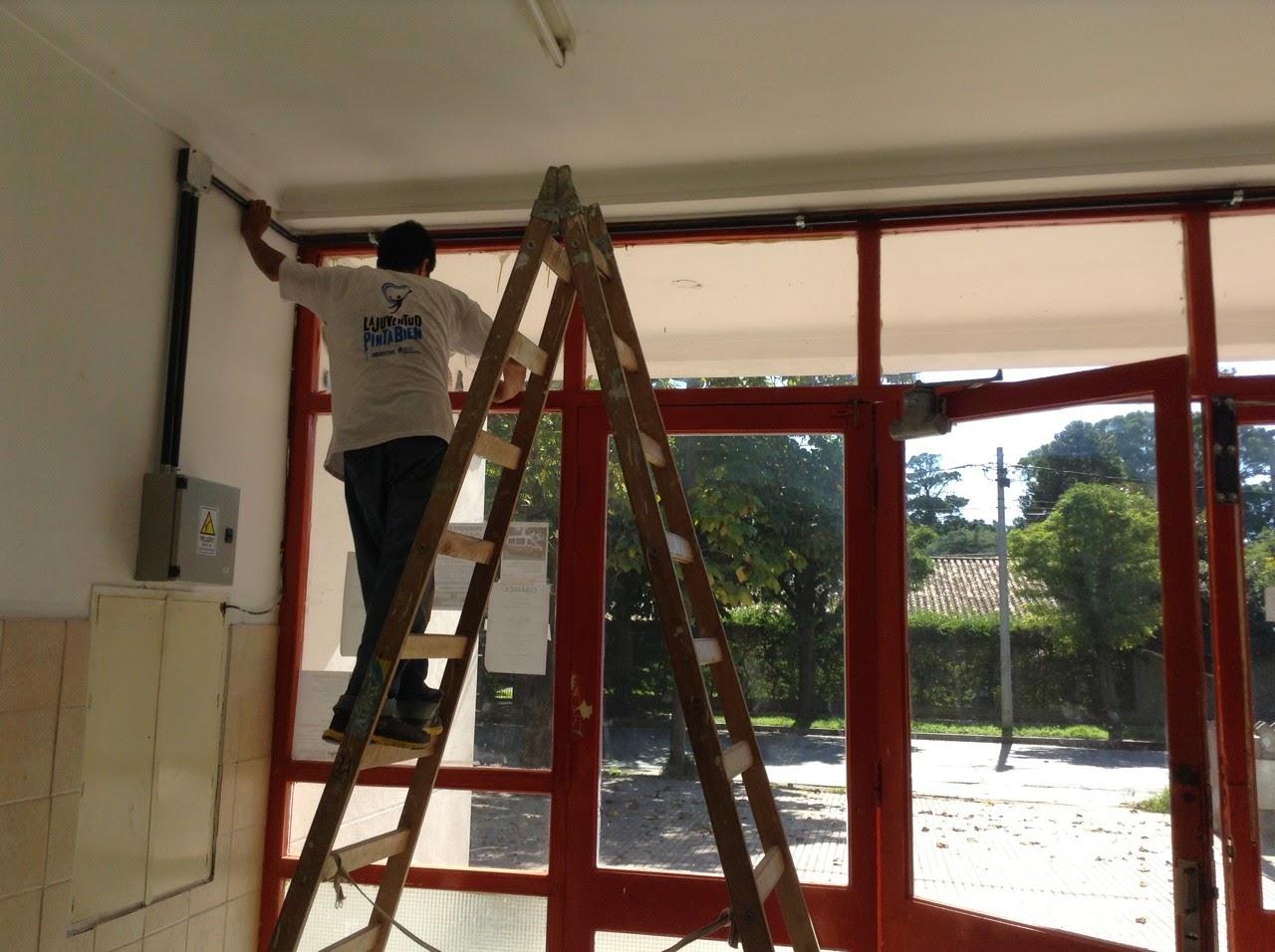 Seguimos pintando escuelas
