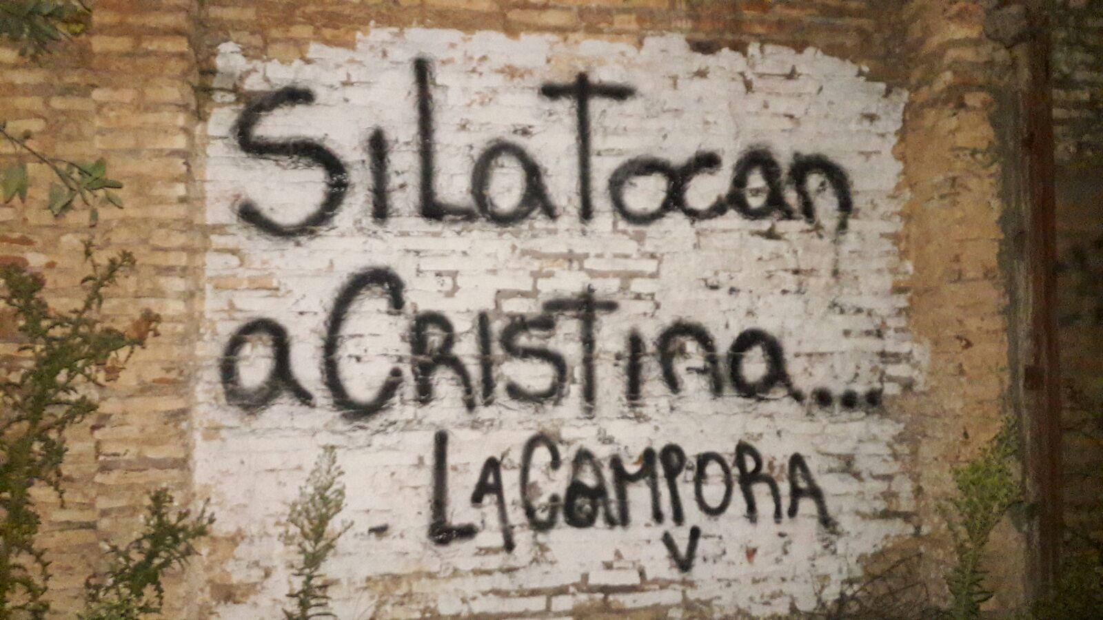 """Junin, Buenos Aires, PIntadas """"Si la tocan a CRistina..."""""""