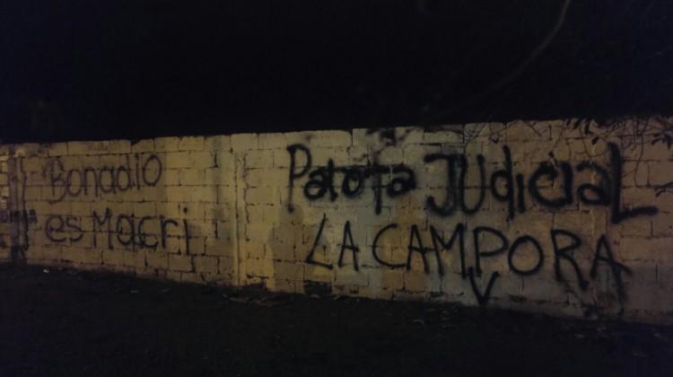 """Santa Cruz, Las Hermanas, Pintadas """"Patota Judicial"""""""