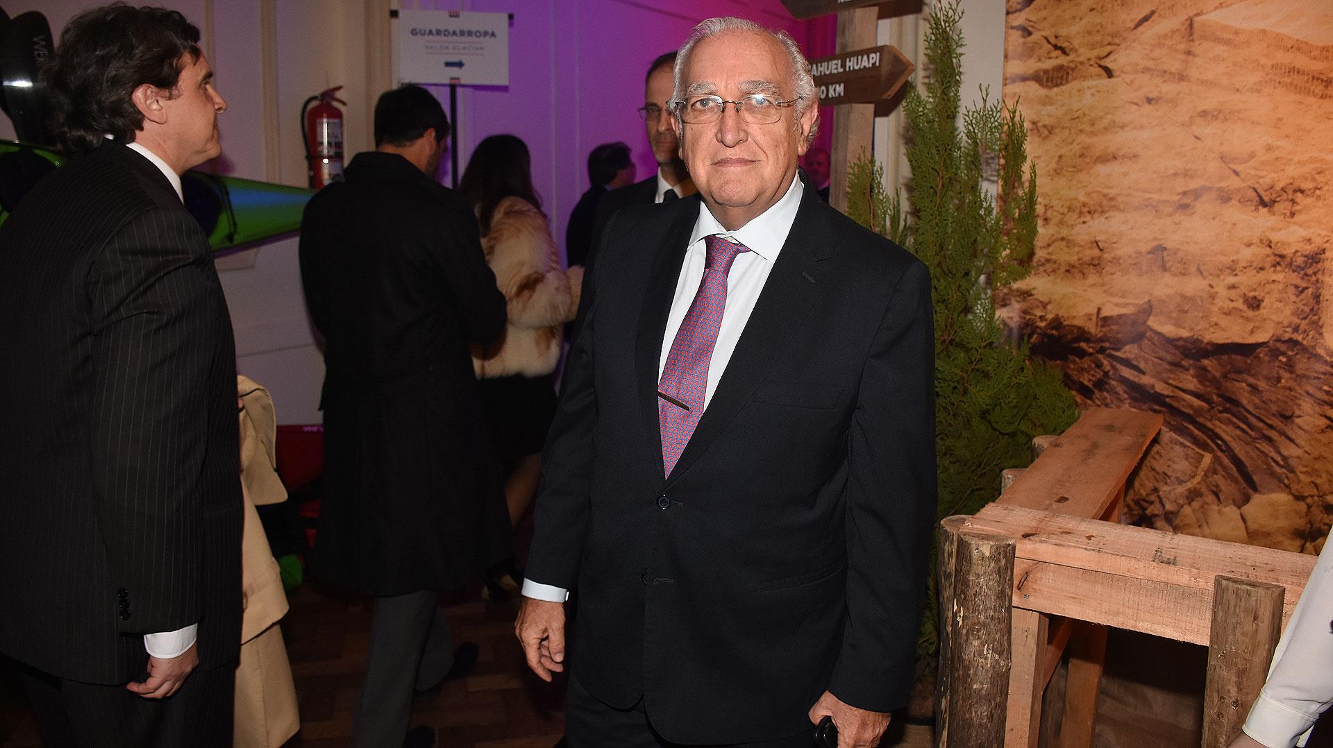 Gil Lavedra