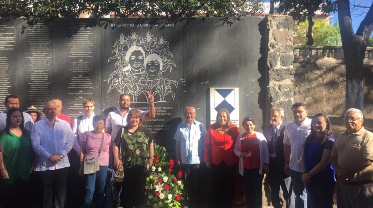 Centro America Celebra la Paz 1