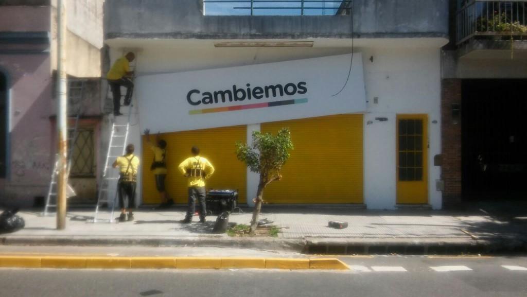 cartelCambiemos