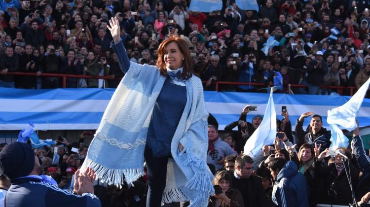 CFK-UnaParaTodos_Arsenal_01
