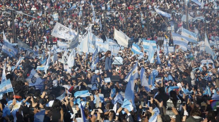 CFK-UnaParaTodos_Arsenal_07