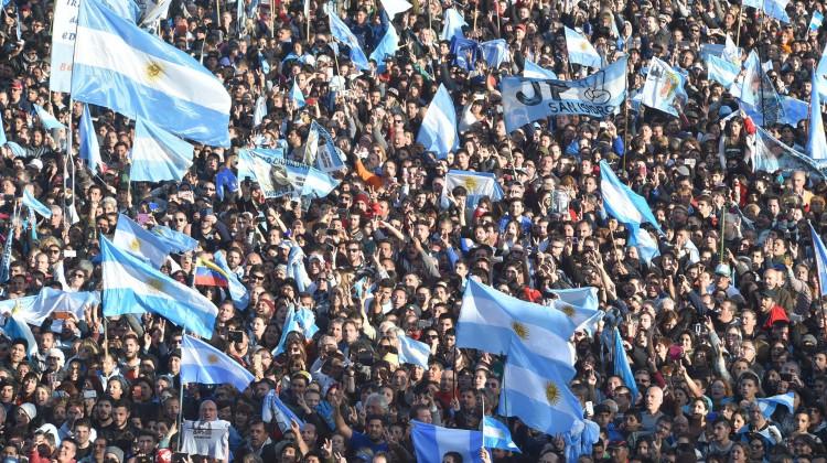 CFK-UnaParaTodos_Arsenal_19